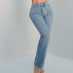 Rolla's Classic Straight Jeans in 90's Blue